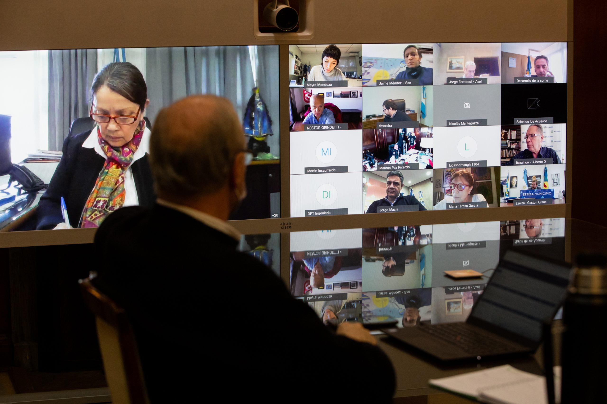 Kicillof evaluó con intendentes la situación epidemiológica del AMBA