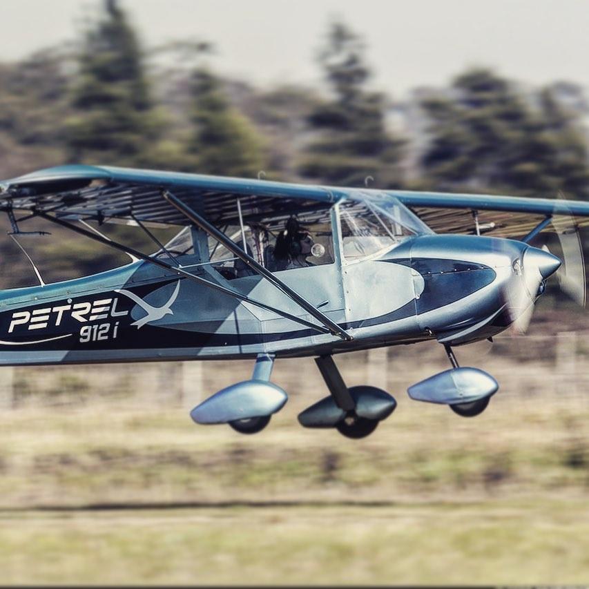 De la mano de ingenieros de la UNLP, levanta vuelo el primer avión eléctrico del país