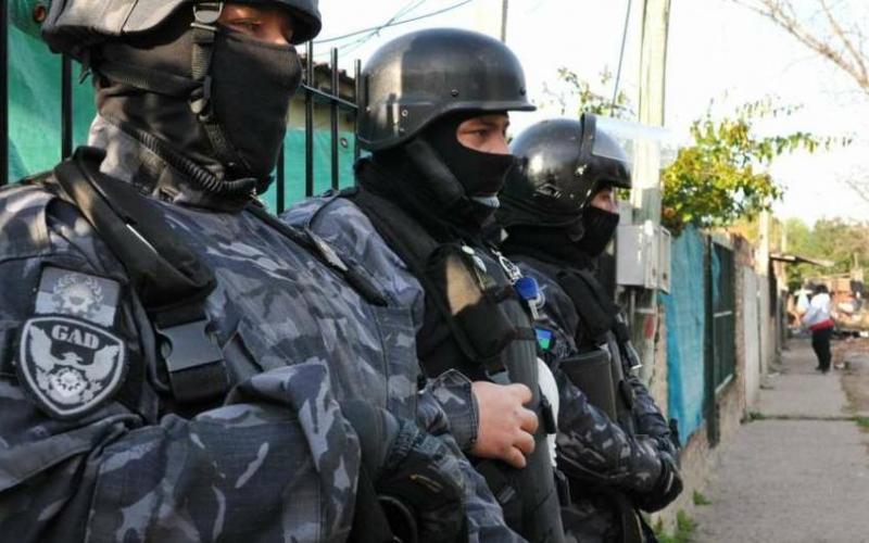 Lomas de Zamora: excarcelaron a un policía acusado de dispararle en la cara a un adolescente