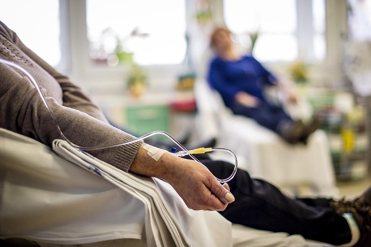 Lordén solicitó garantizar tratamientos y medicamentos a pacientes oncológicos