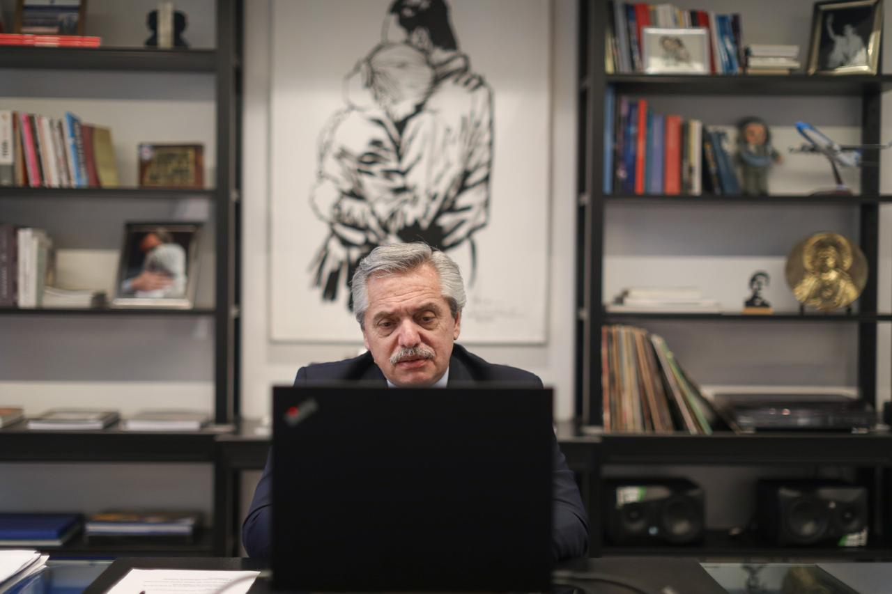 """Alberto Fernández: """"Necesitamos una sociedad que abrace e incluya a todas y todos"""""""