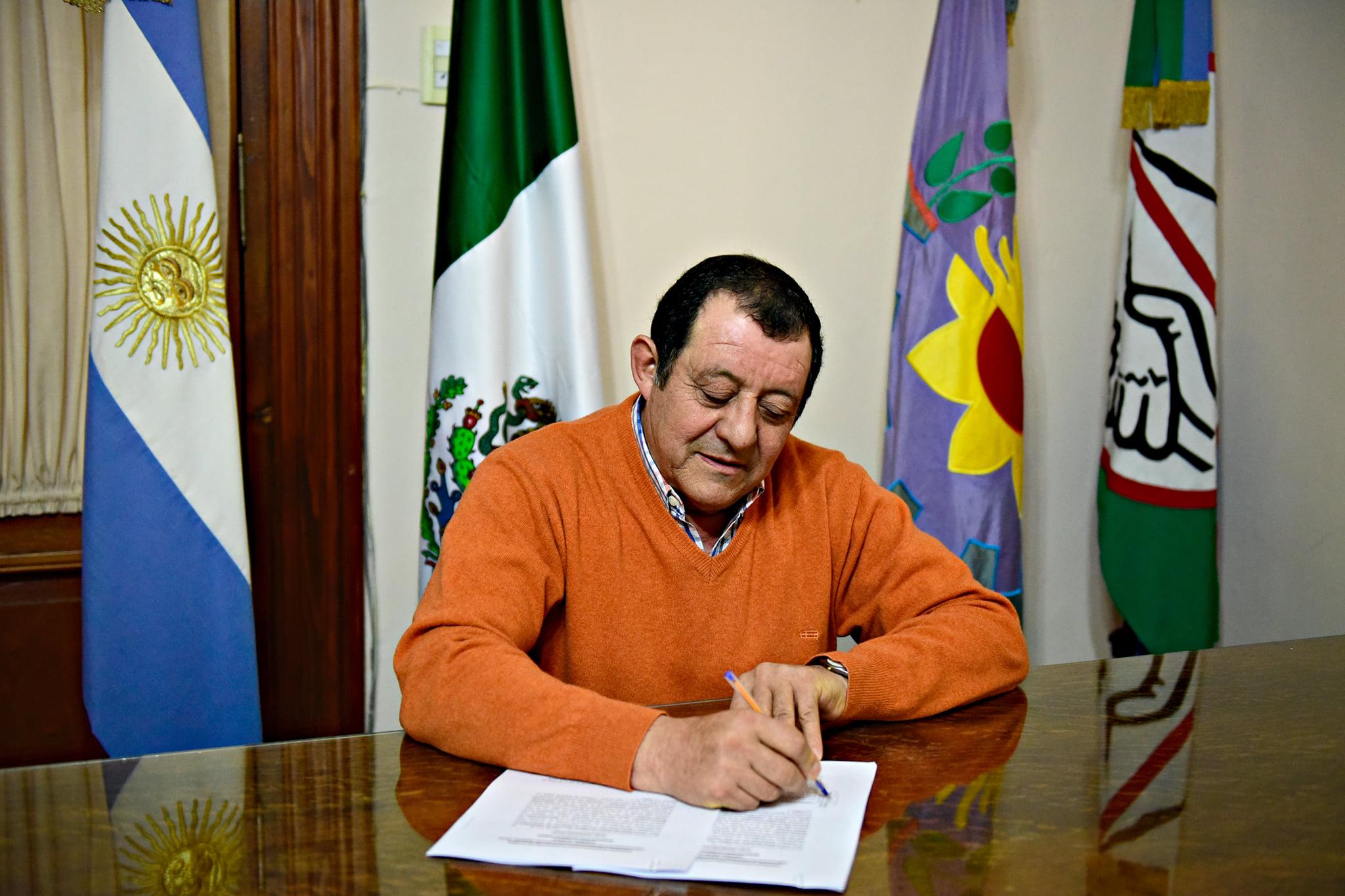 """El intendente de Benito Juárez dijo que su par de Tandil """"juega a la ruleta rusa"""""""