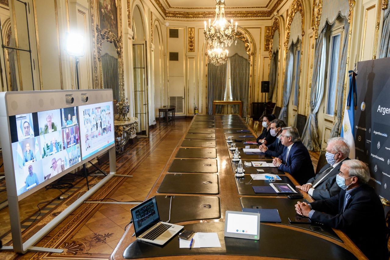 Coronavirus: El Presidente mantuvo una videoconferencia con gobernadores y gobernadoras