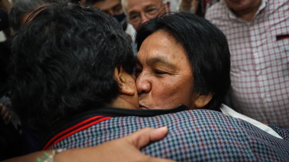 """Evo Morales se reunió con Milagro Sala y advirtió que """"tarde o temprano llega la justicia"""""""