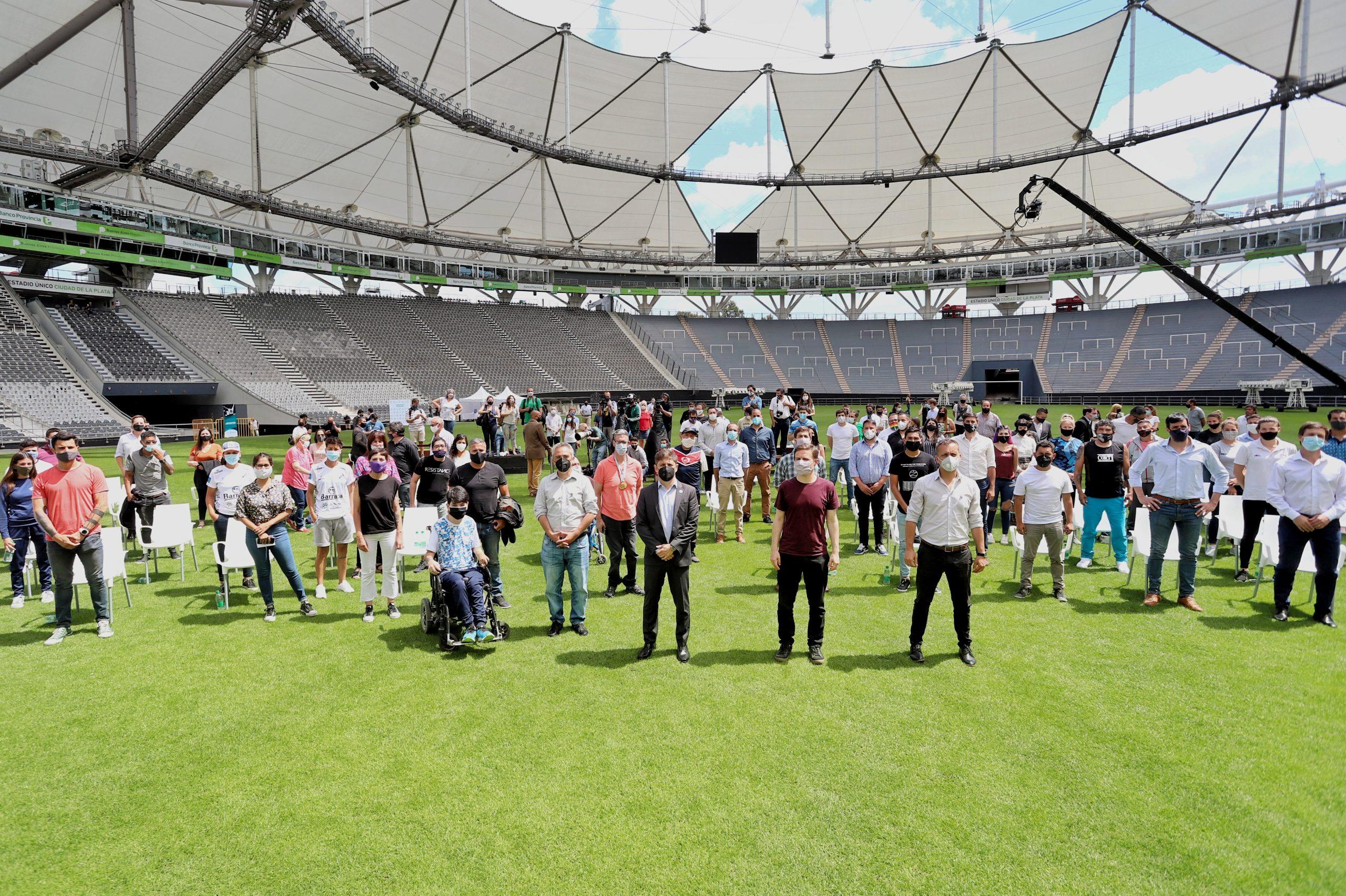 Kicillof presentó un programa de acompañamiento para el retorno seguro del deporte en la Provincia