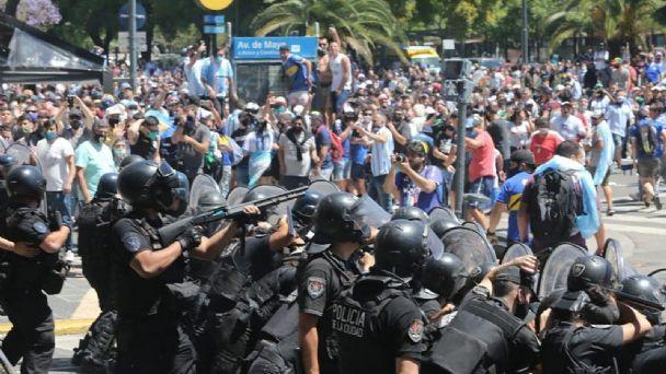 El Ministerio de Seguridad de la Nación responsabilizó a la Policía de la ciudad por la represión