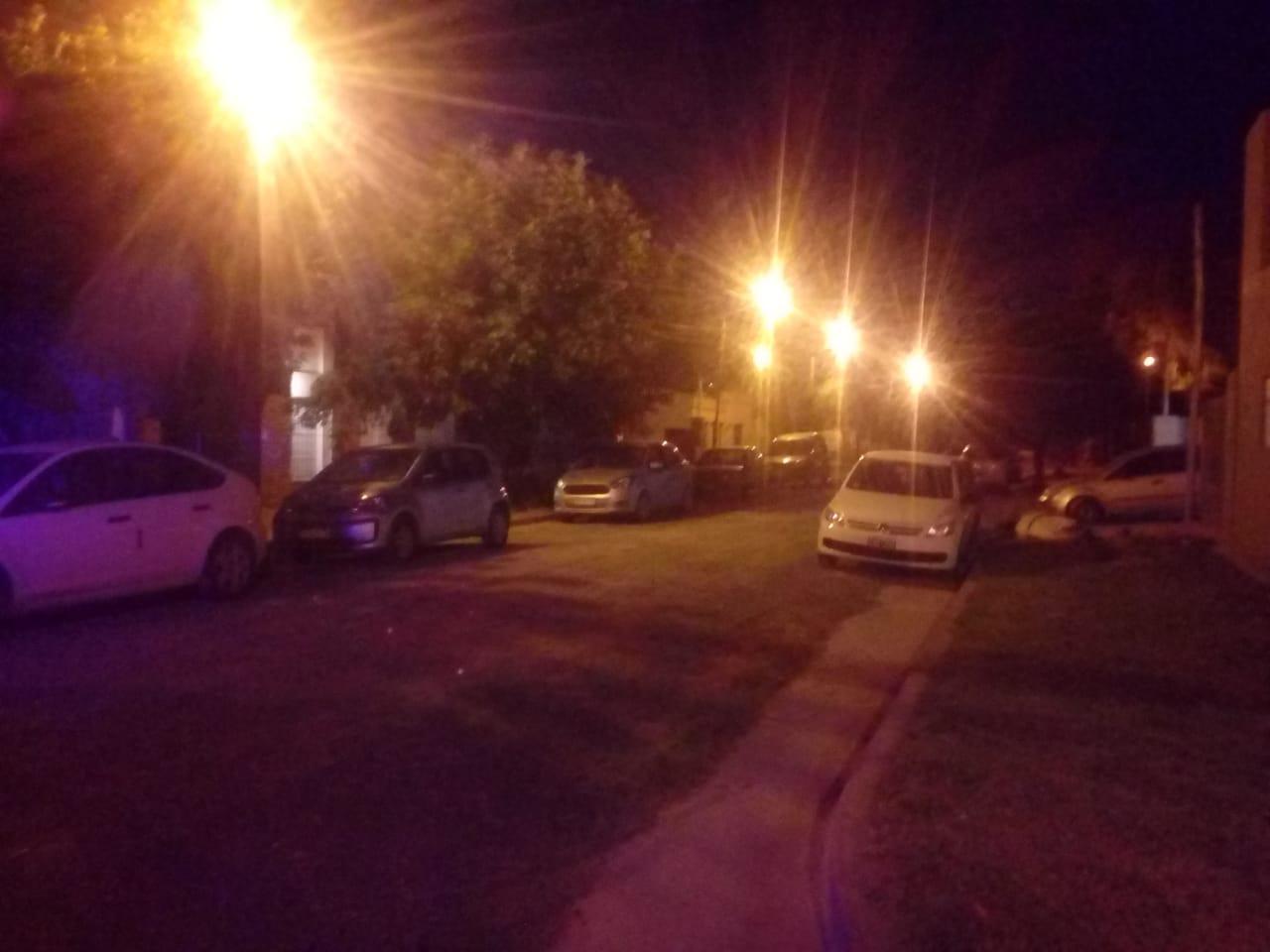 La municipalidad infraccionó a quienes festejaban la Navidad con mas de diez personas y circulaban después de las tres de la mañana