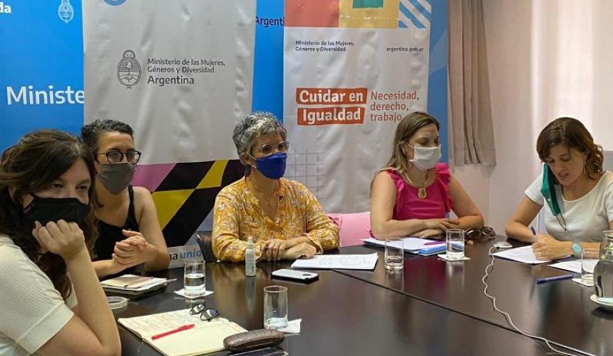 Debaten anteproyecto de ley por un Sistema Integral de Cuidados con Perspectiva de Género