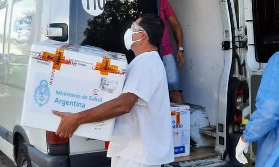 COVID-19: Llegaron al Hospital Pintos vacunas para el personal de salud
