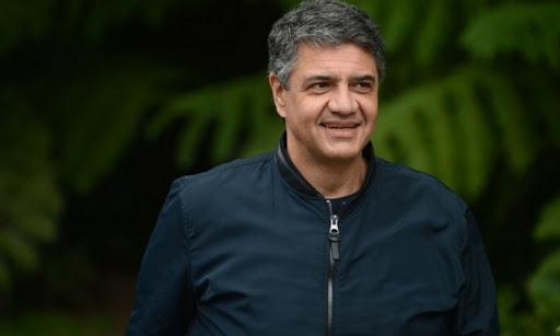 Jorge Macri cuestionó que se usen las escuelas para la vacunación