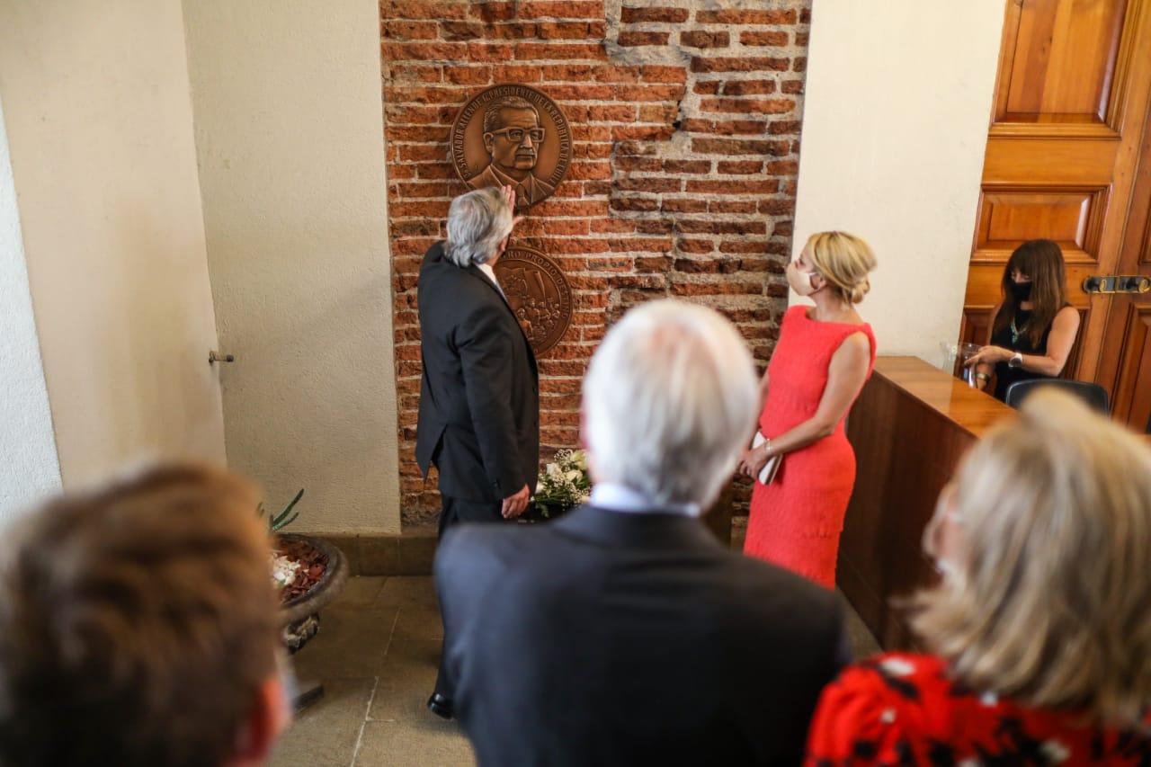 El Presidente visitó el despacho de Salvador Allende