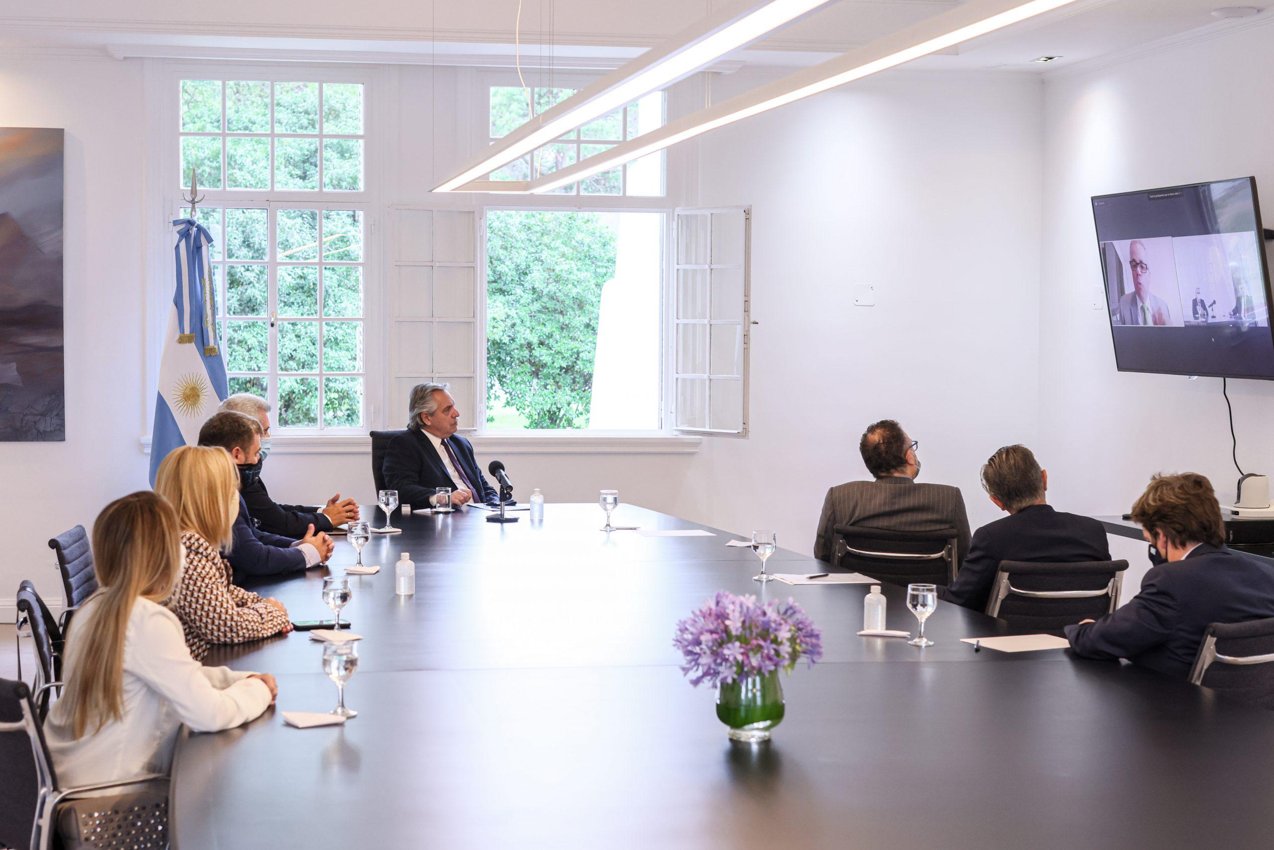 El Presidente mantuvo una videoconferencia con ejecutivos de Whirlpool quienes le informaron inversiones por 40 millones de dólares