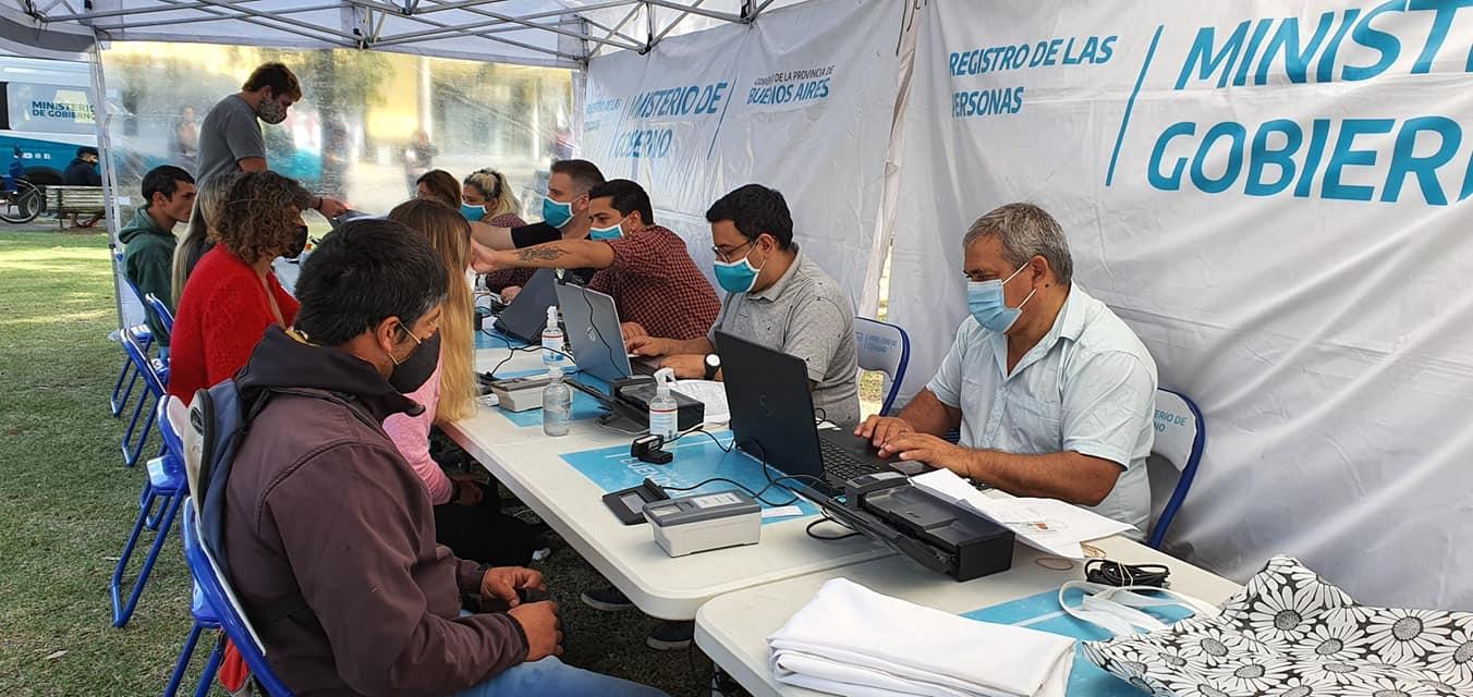 Operativo de documentación en Cacharí, Chillar Y Azul