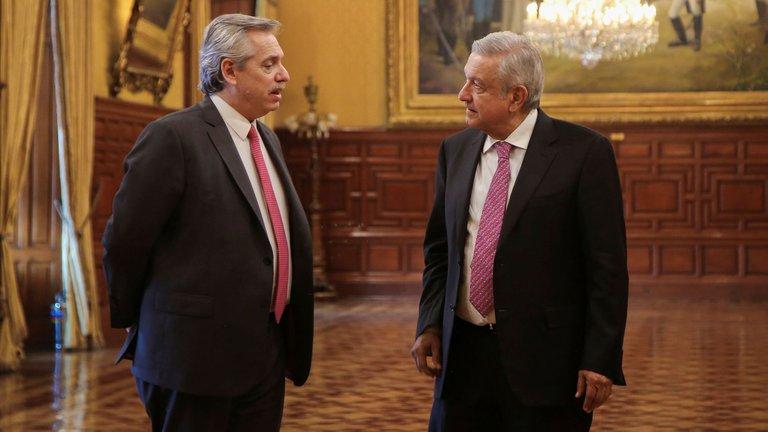 El Presidente visita México invitado por López Obrador a la celebración de los 200 años de la Independencia