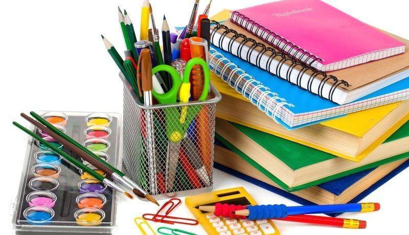 AECA: Entrega de útiles escolares e inscripción para las becas Víctor Marcos