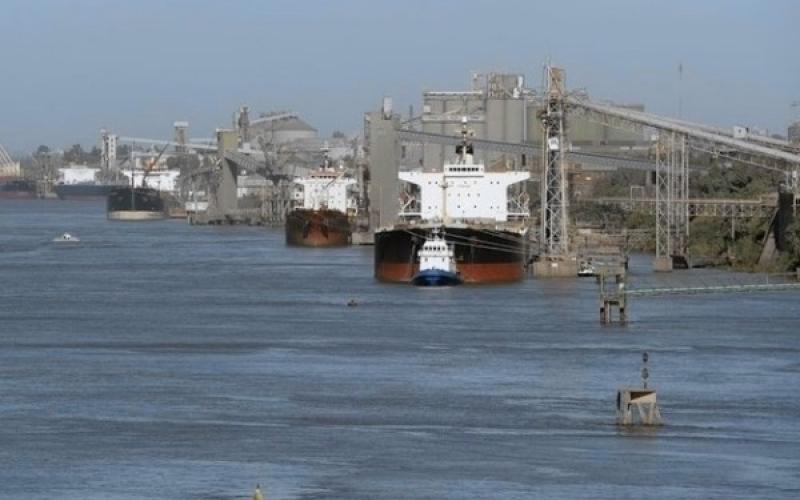 """En abril vence la concesión privada: """"El estado debe hacerse cargo de la hidrovía Paraná – Paraguay"""""""