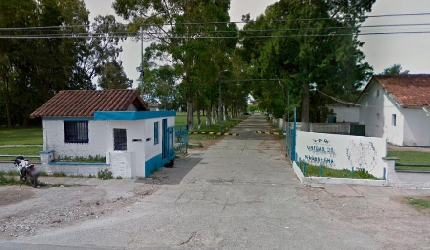 Cuatro detenidos se fugaron del penal de Magdalena y desplazaron a nueve penitenciarios