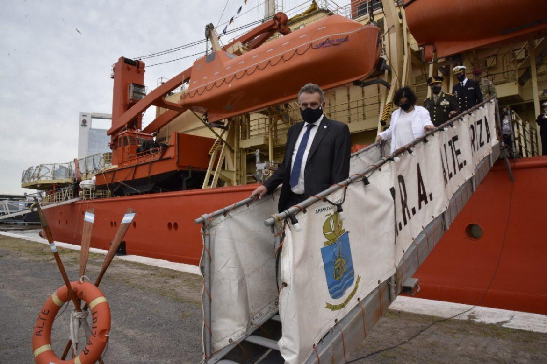 Rossi junto a Vizzotti encabezó el acto que dio por finalizada con éxito la Campaña Antártica de Verano preservando las bases argentinas del covid-19