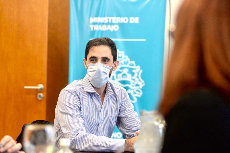 El Gobierno provincial convocó a los profesionales de la salud para discutir salarios