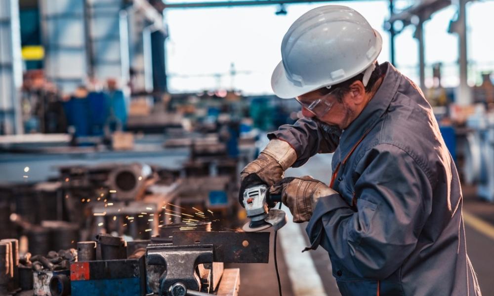La industria cerró el primer trimestre un 4,3% por encima de 2019