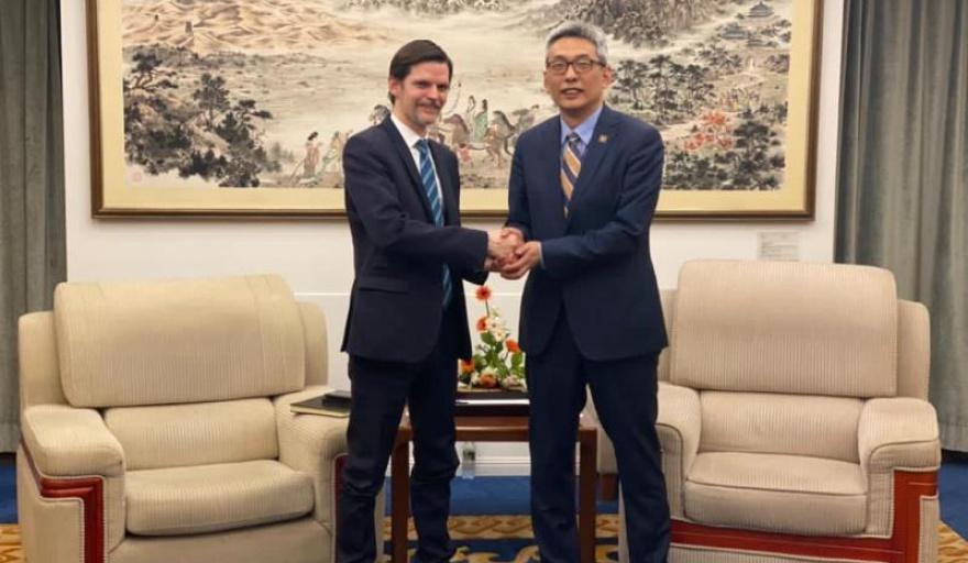 Argentina busca el apoyo de China en las negociaciones con el FMI