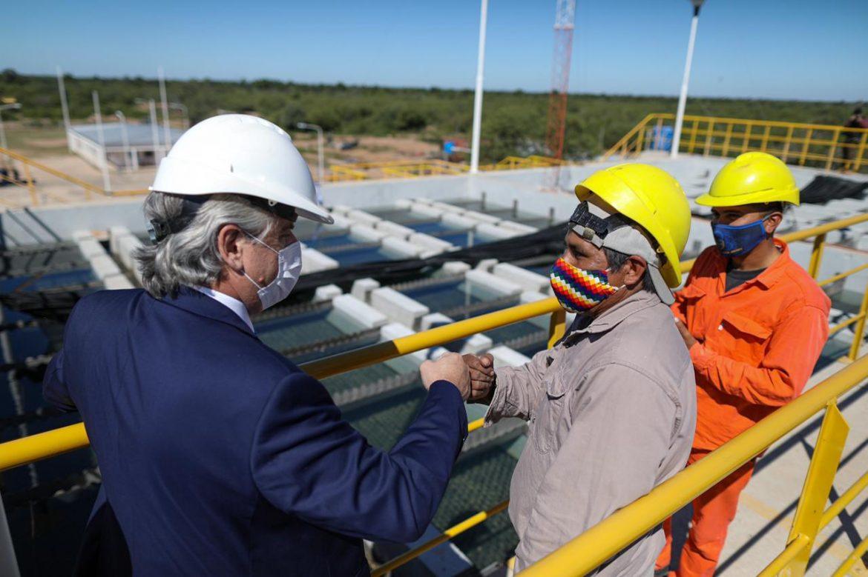 """""""Cuando trabajamos para los argentinos no debemos tener sectores políticos"""", dijo el Presidente al inaugurar un acueducto en Chaco"""