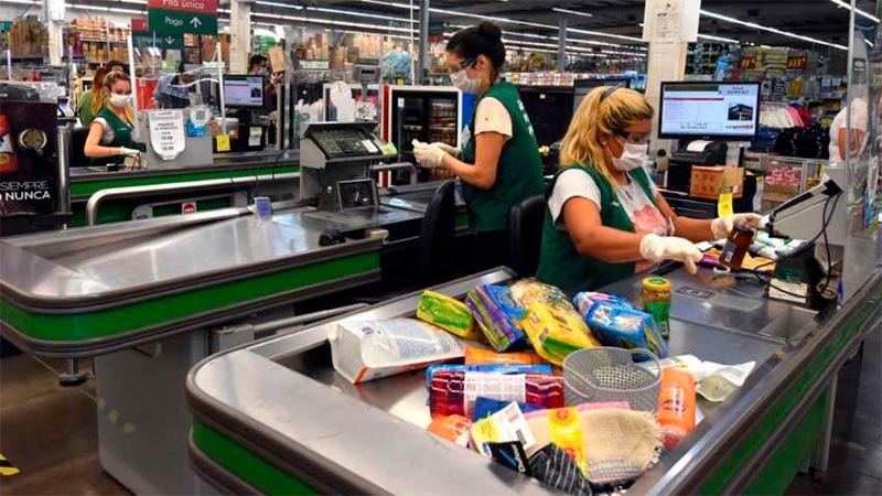 Aumento del 32 por ciento para empleados de comercio