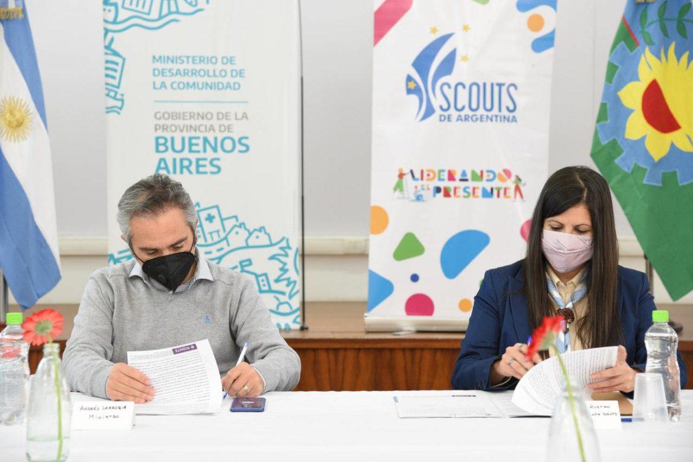 Convenio de cooperación entre el Ministerio de Desarrollo y la Asociación Scouts Argentina
