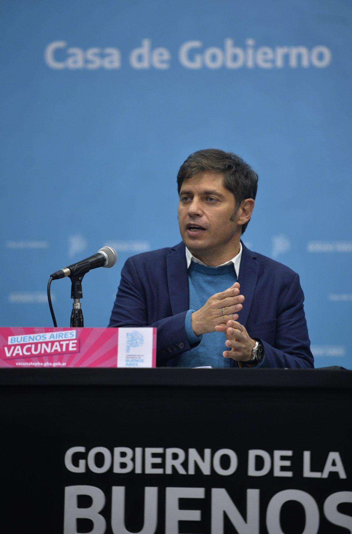 """Kicillof: """"A partir de la reducción de los contagios, el miércoles volverá la presencialidad cuidada a las escuelas del Gran Buenos Aires"""""""