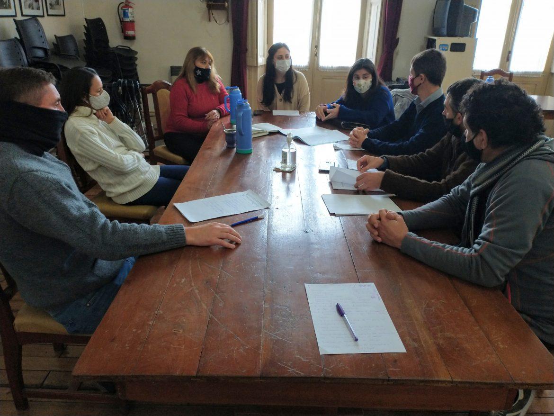 Concejales recibieron a representantes de Asociaciones Cannabicas