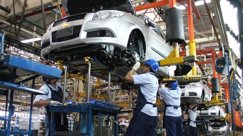 Impulso al sector automotriz para potenciar exportaciones a República Dominicana