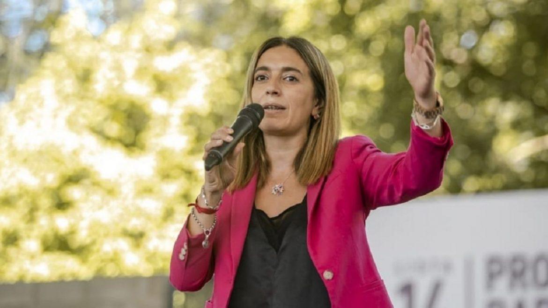 La precandidata a diputada nacional por Juntos Dar el Paso, Danya Tavela, visita Azul