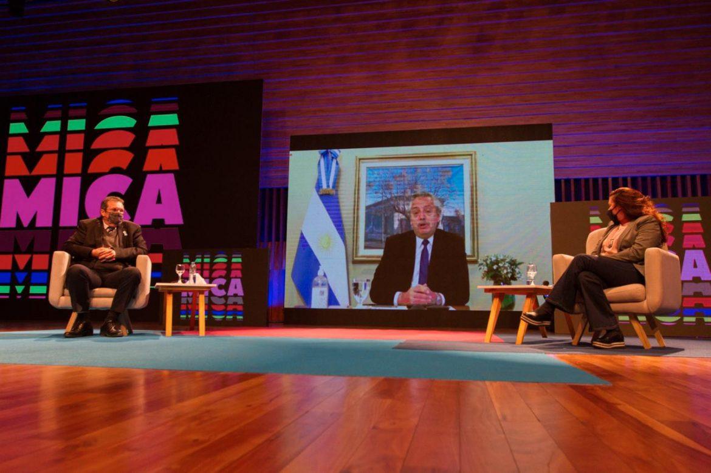 """""""Más allá de lo importante que es el arte y la cultura para un pueblo, es también una gran oportunidad de desarrollo"""", dijo el Presidente"""