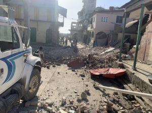 Al menos 304 muertos y cientos de heridos y desaparecidos por sismo de 7,2 grados en Haití