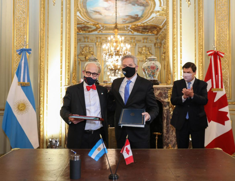 Argentina y Canadá suscriben un convenio sobre seguridad social