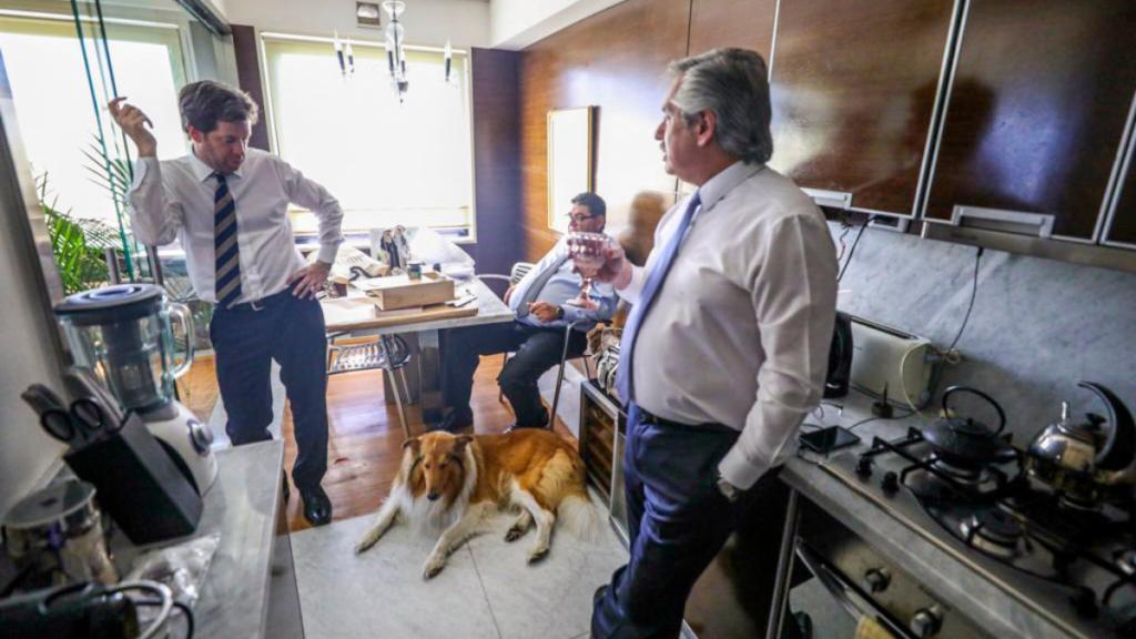 Quién es el vocero presidencial, Juan Pablo Biondi, apuntado por Cristina Kirchner en la crisis del Gobierno